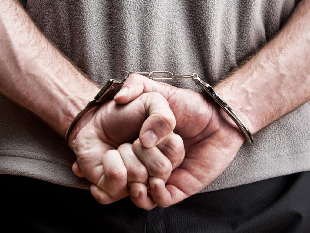criminal defense, defendant, help defend, private investigator, witness statements, follow suspects, provide alibi, review criminal cases